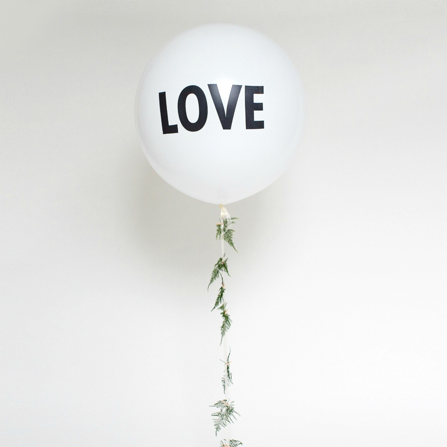 Mega ballon love