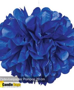 donker blauwe pompon