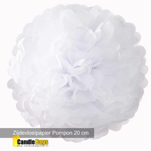 mooie pompon van 20cm in de kleur wit